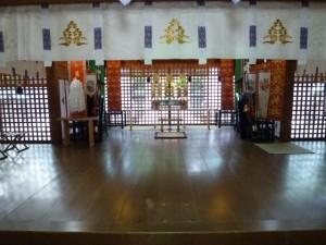 拝殿(例祭前)